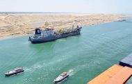 63 ships transit Suez Canal with cargo of 3.9m tons