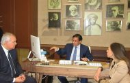Abdel-Rehim Ali hosts Egyptian diplomat at Paris office