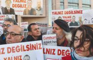 Turkey resumes trial of opposition newspaper staff