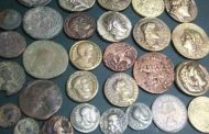 Egypt foils attempt to smuggle ancient coins to France