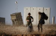 Israeli defense minister quits over Gaza truce