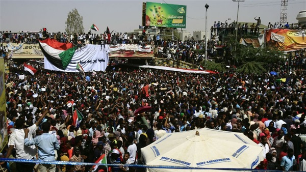 Fall of al-Bashir exposes differences inside Sudan's MB