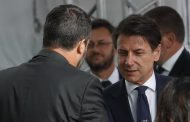 Italian PM expected to resign as political chaos deepens