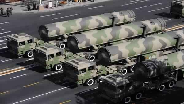 "Iran unveils ""Falaq"" air defense system"