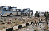 10  injured in blast in India-administered Kashmir