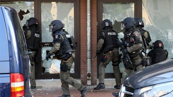 Lone wolves in Germany: Terrorism by the far right