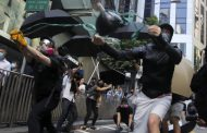 Hong Kong protests: man shot by police and burns victim in critical condition