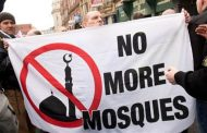 'Stop Islamophobia': Are signs of extremism tearing French society apart?