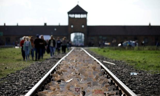 Amazon pulls 'disturbing' Christmas ornaments bearing images of Auschwitz