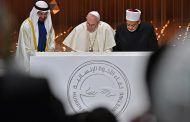 Abu Dhabi Crown Prince Sheikh Mohamed bin Zayed Al Nahyan and Pope Francis discuss brotherhood in confronting COVID-19