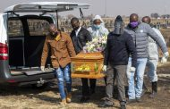 Africa reaches 100,000 known COVID-19 deaths as danger grows