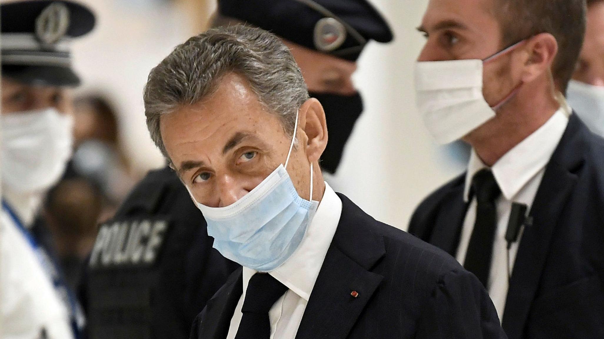 Prosecution pushing for jail time as Sarkozy bribery verdict awaited