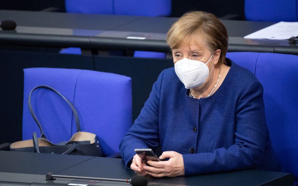 Germany flirts with easing lockdown as Merkel and premiers hold talks