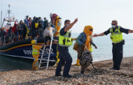 Stop more migrants crossing Channel or pay the price, France warned