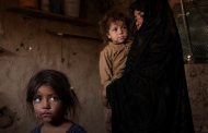 As Afghanistan Sinks Into Destitution, Some Sell Children to Survive