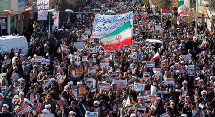 Massive protests: Iranian women confirm their rejection of mullahs' policy
