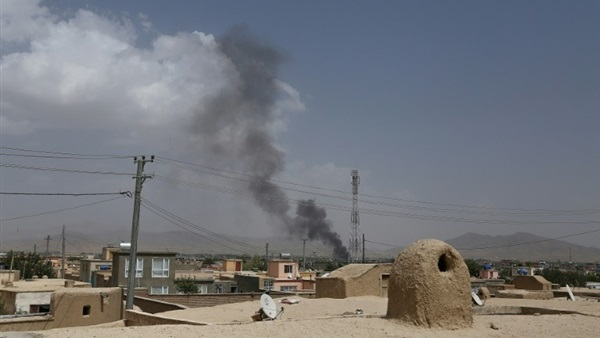 Taliban launch attacks on approaches to Afghan city of Ghazni