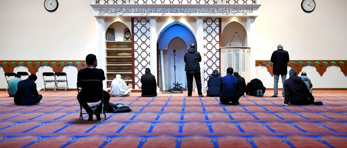 Internal disputes in Germany over monitoring mosques and pursuing funding sources