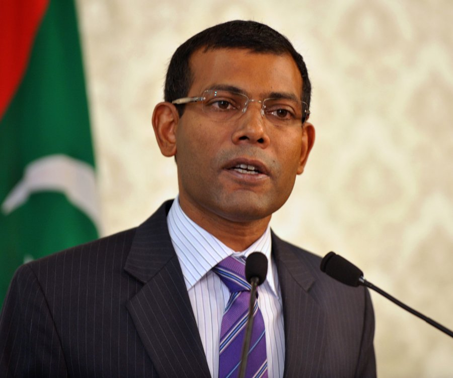 Former Maldives President Wounded in Assassination Bid