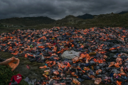Greece Accuses Aid Groups of Helping Smugglers of Migrants