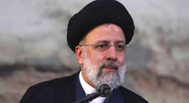 Poverty protests against Raisi's government after collapse of Iran's economy